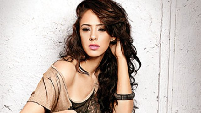 Actress Hazel Keech  IMAGES, GIF, ANIMATED GIF, WALLPAPER, STICKER FOR WHATSAPP & FACEBOOK