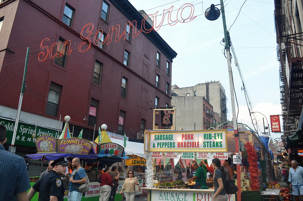 From Sept. 15 to Sept. 25, @SanGennaroNYC returns for its 90th anniversary in #LittleItaly: https://t.co/fWckmqu9Gb https://t.co/RGUeeSAExz