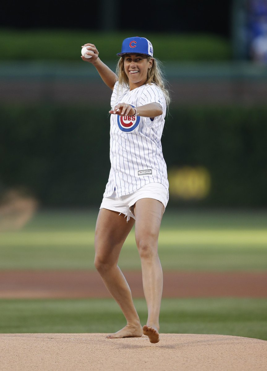 yes another #olympics 1st pitch, with a twist. @avpbeach @AprilRossBeach throws @Cubs last night. barefoot #mlb https://t.co/ZfMwILGDSI