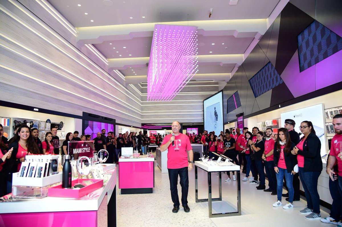 Sara Engel On Twitter South Beach Tmobile Store Is Now Open On