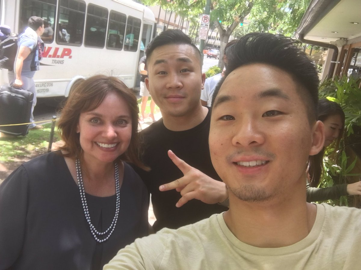 My YouTube dreams coming true! @FungBros IRL! #luckyweliveHawaii