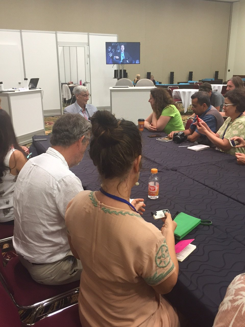 E.O.Wilson says it all comes down to habitat conservation: Half-Earth. Meets with media at #IUCNCongress. https://t.co/utoIGarrac