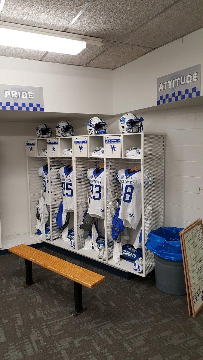 Ukfootball Locker Room
