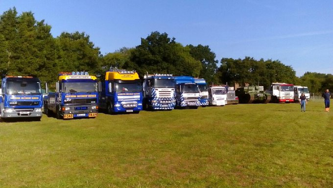 RT @NorfolkRecovery: The trucks are arriving @Truckfest_Live Hop Farm Kent. Pop and see the PDRC members and their trucks #truck @Hopfarm h…
