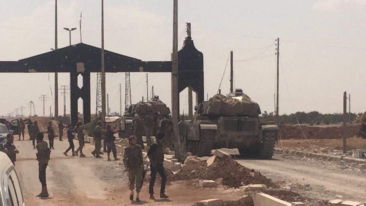 الدبابه Sabra .......التطوير الاسرائيلي للدبابه M60 Patton  الامريكيه  CrbwyAaWYAA1DBc