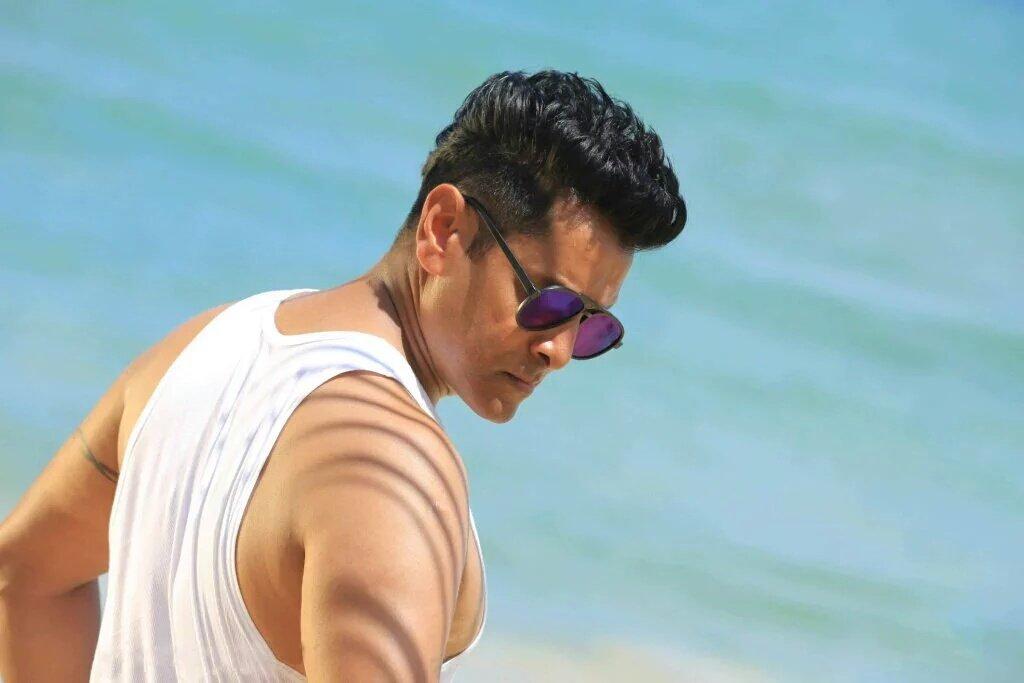 S Abishek On Twitter Book Ur Tics For Vikram Nayanthara