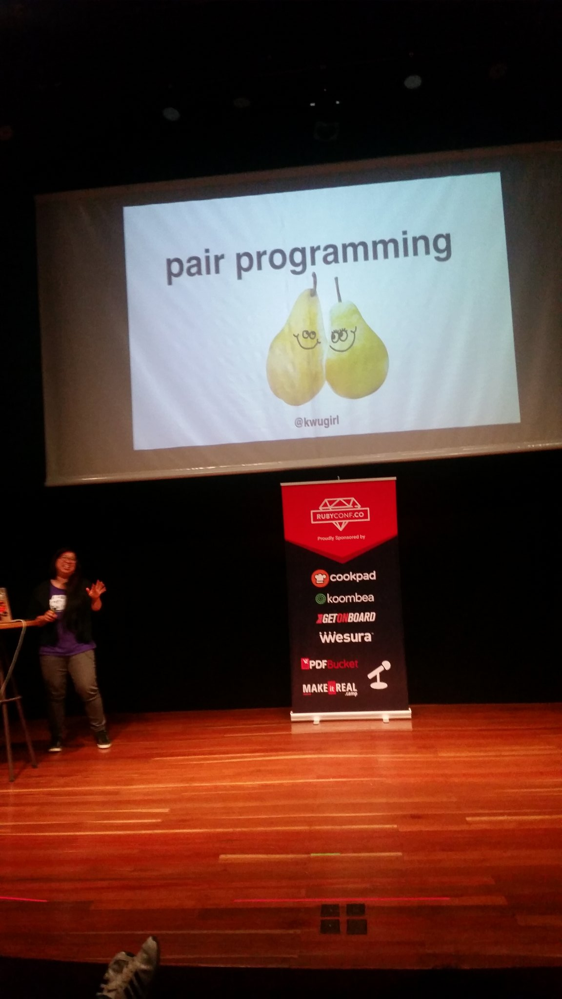 Awesome talk by @kwugirl about overcoming the fear of reading source code! Slides were on point too 👌🍐🍐 #RubyConfCo https://t.co/rgAuh6QxKX