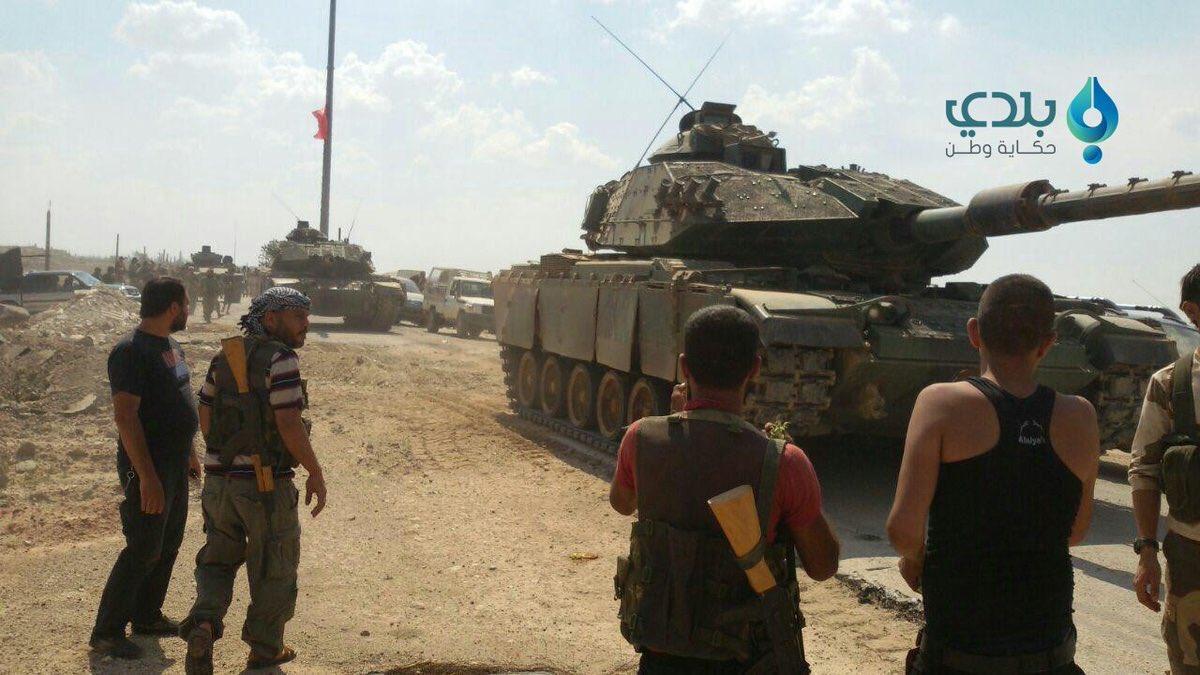 الدبابه Sabra .......التطوير الاسرائيلي للدبابه M60 Patton  الامريكيه  CrcQ8FEWAAEexM9