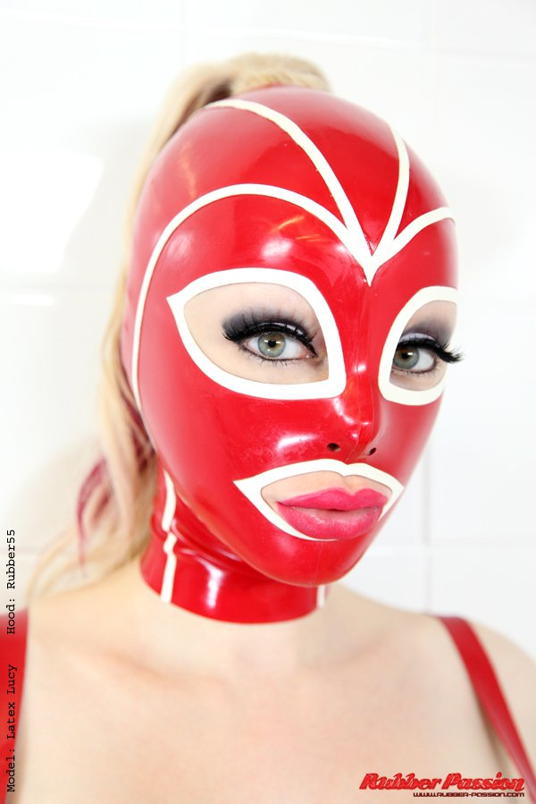 how to make a latex mask fit better