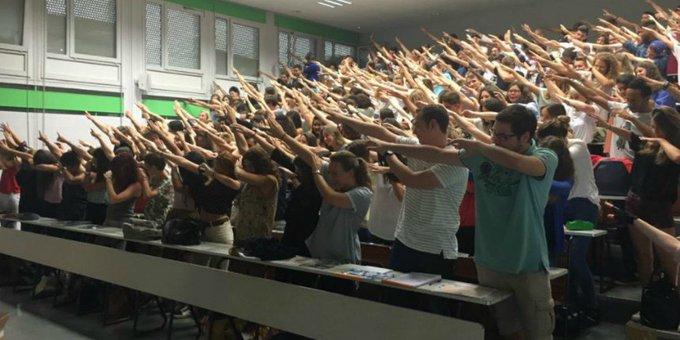 Besançon : le 'dab' raté des étudiants est pris pour un salut nazi https://t.co/AsYDNB9CpL