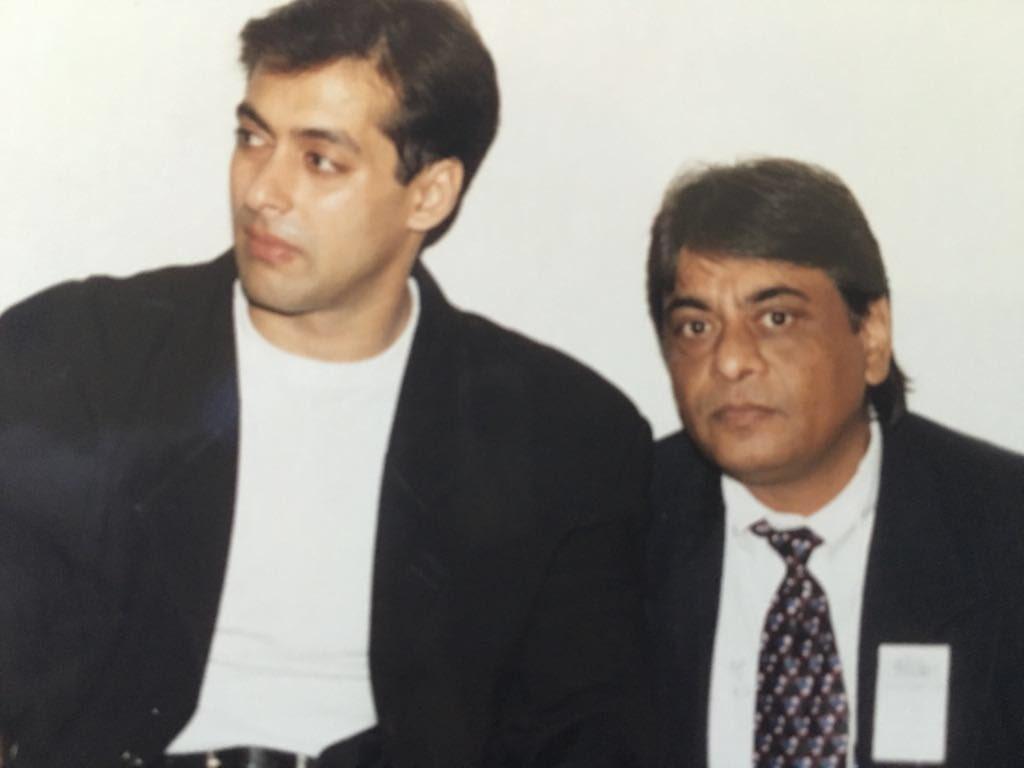 @BeingSalmanKhan and my papa.. Gosh what a long time ago!! @luvsalimkhan @vachnamrut https://t.co/kmG2Co2Hbn