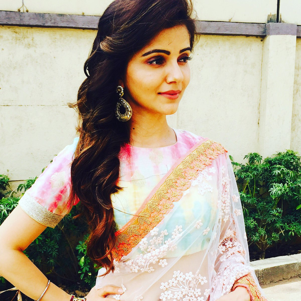 rubina dilaik on twitter 50mins left looking forward