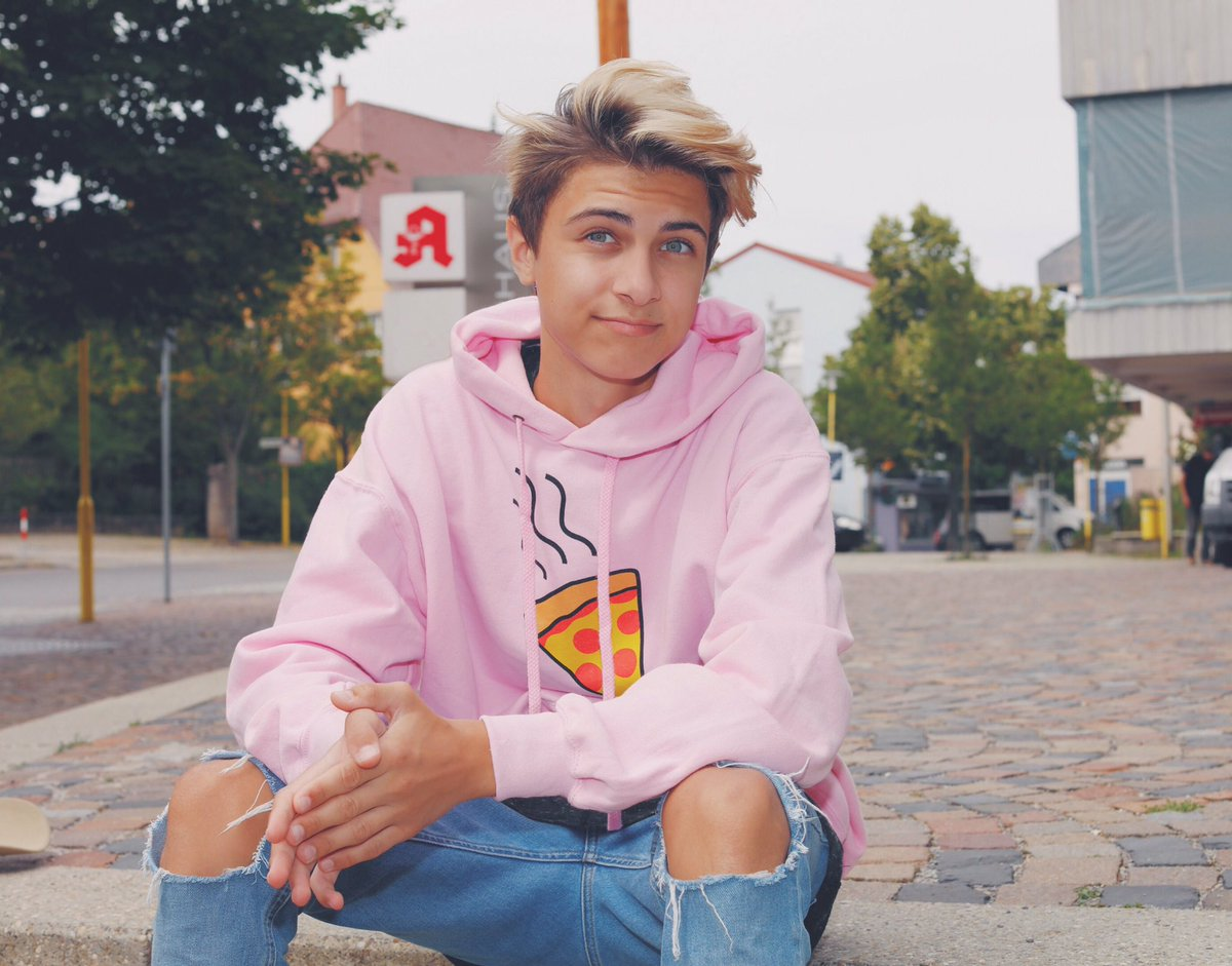 """Lukas Rieger Picture: Lukas Rieger On Twitter: """"you Are Beautiful"""