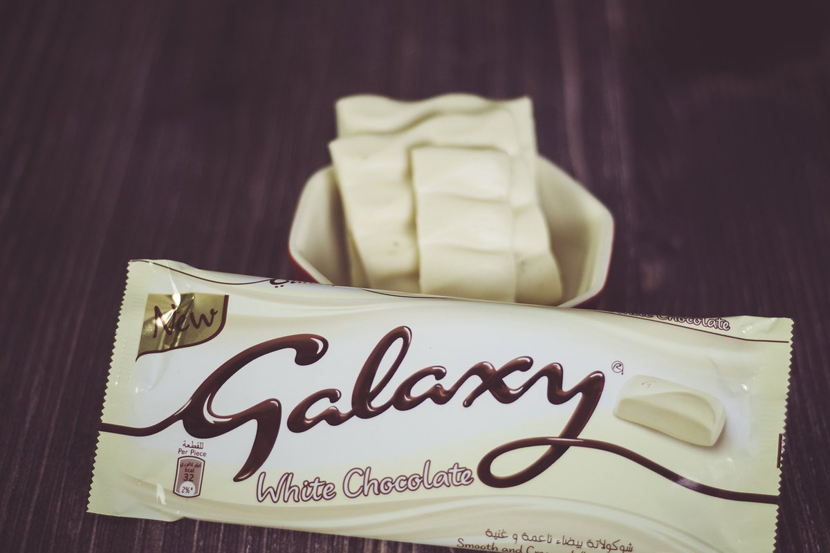 Galaxychocolatear On Twitter منشن شخص قلبه ابيض مثل