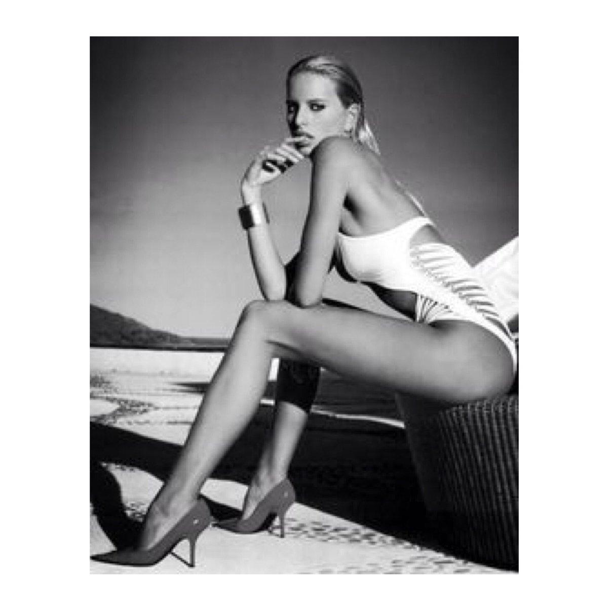 Karolina Kurkova  - End of summe twitter @karolinakurkova summer,swimsuit,kkstyle,style,fashion