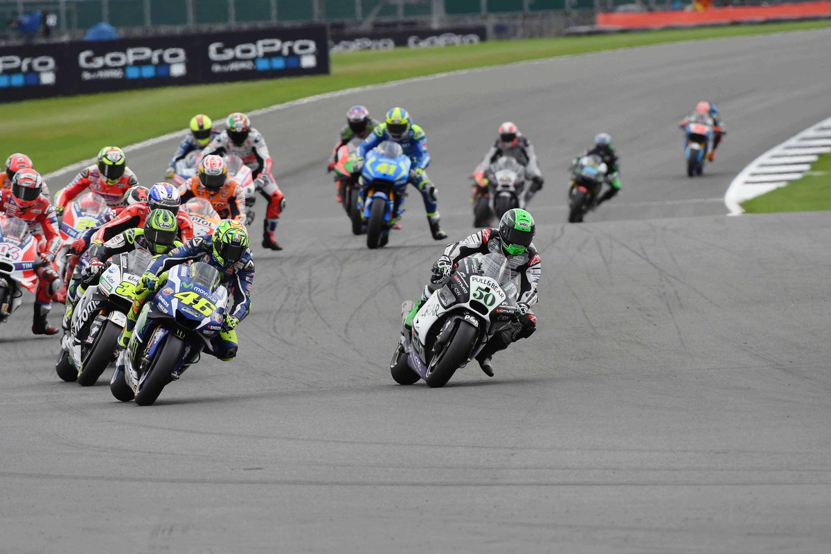 I'd just moved into 2nd past @ValeYellow46 when red flags came out. Should've packed up + went home at that point!
