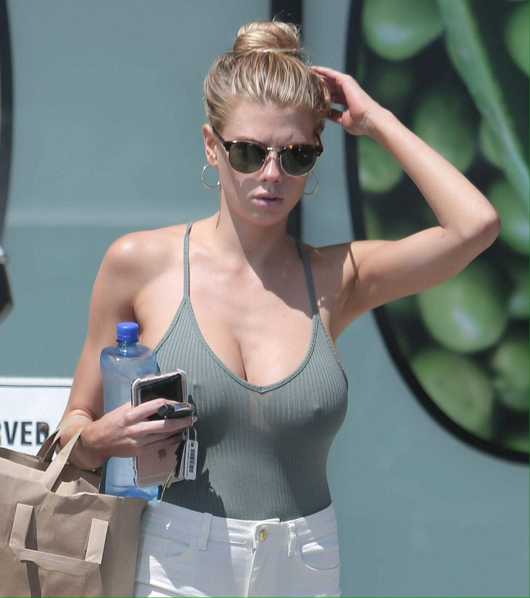 Charlotte mckinney paparazzi naked (14 photo)