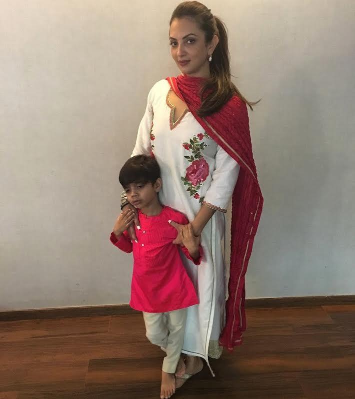 Happy Ganesh Chaturti... #ootd #seemakhan #festivelooks