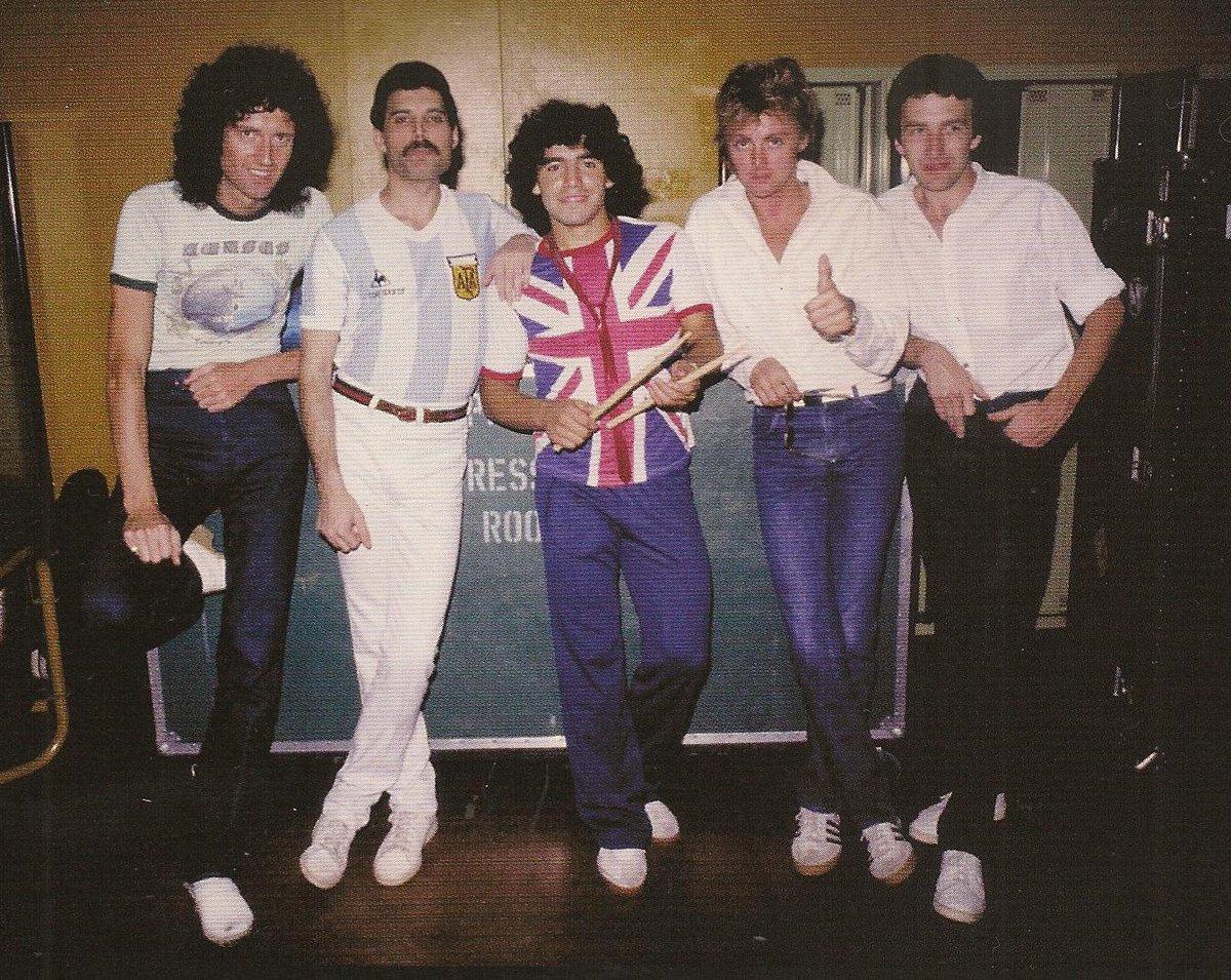 ¿Cuánto mide Freddie Mercury? - Altura - Real height CrmdOZFXgAAGNex