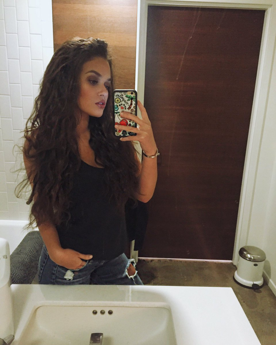 madison pettis 2017 with straight hair - photo #8