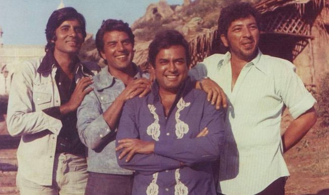 """Très BannoKiSaheli on Twitter: """"Pablo Escobar(extreme left) with other  WX15"""