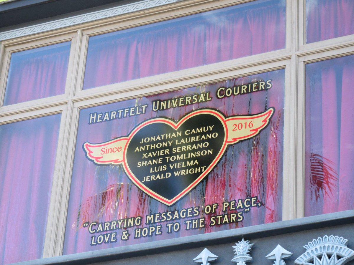 Universal Studios window honors Pulse victims. https://t.co/QIEWU4OIPW https://t.co/rTqOhsbtgQ