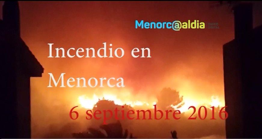 (Vídeo-resumen) Así ha sido el #incendio desatado de madrugada en Es Mercadal #Menorca https://t.co/k6PxX6SwFG https://t.co/0dqI04emtV