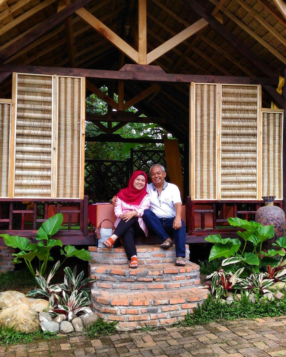 Kampoeng Koneng On Twitter Happy Family Resto Sentul Bogor