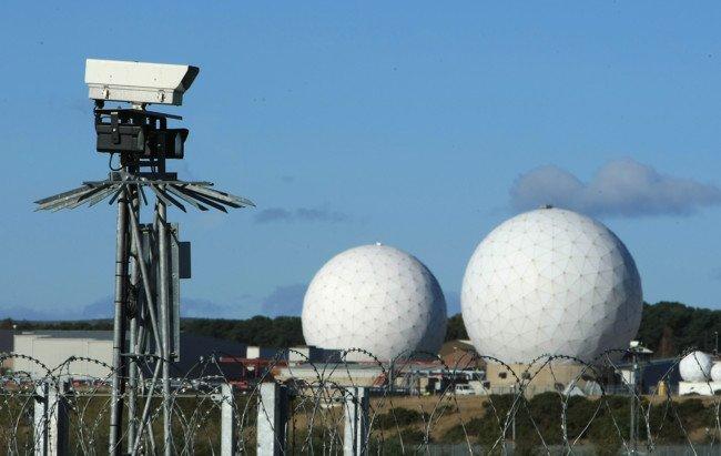 Snowden svela il segreto della RAF Menwith Hill (UK)