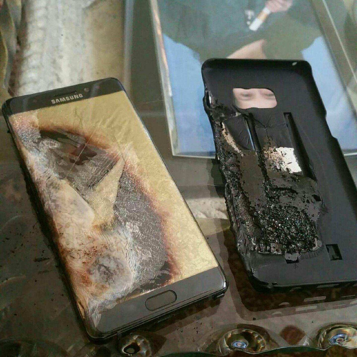 First US Note7 explosion confirms danger of North American devices. Read on at: https://t.co/GTRHMJwh61 https://t.co/OAHg72muu5