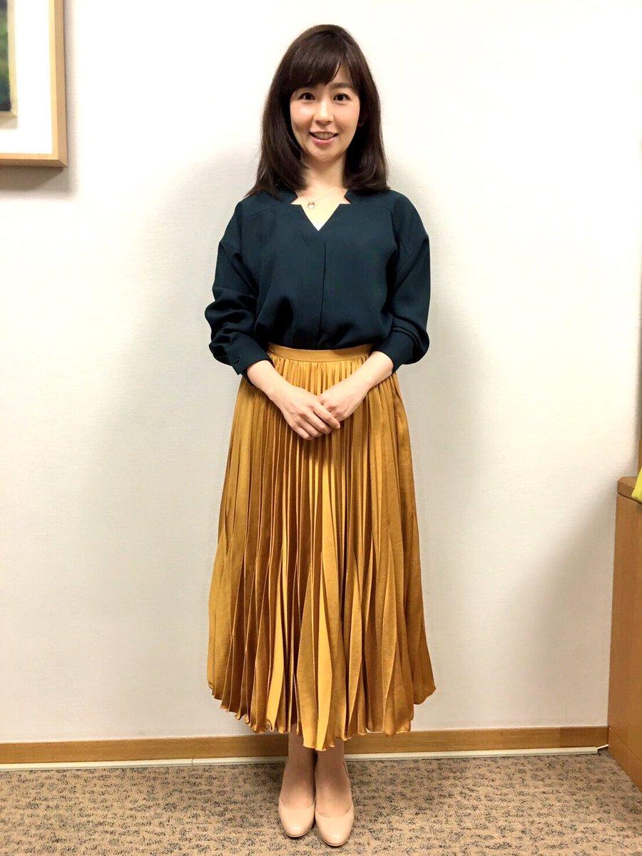 ロングスカートがオシャレな松尾由美子