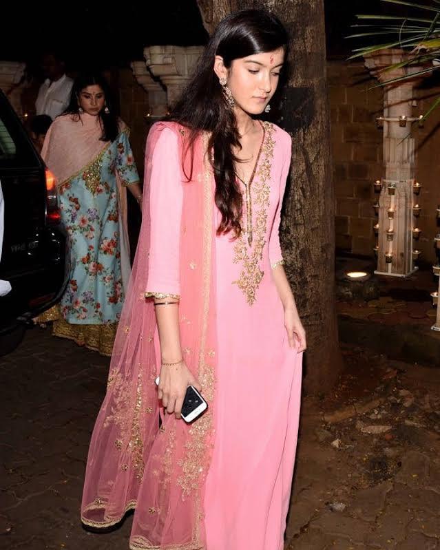 Beautiful Shanaya Kapoor wearing #seemakhan for Ganpati festivities