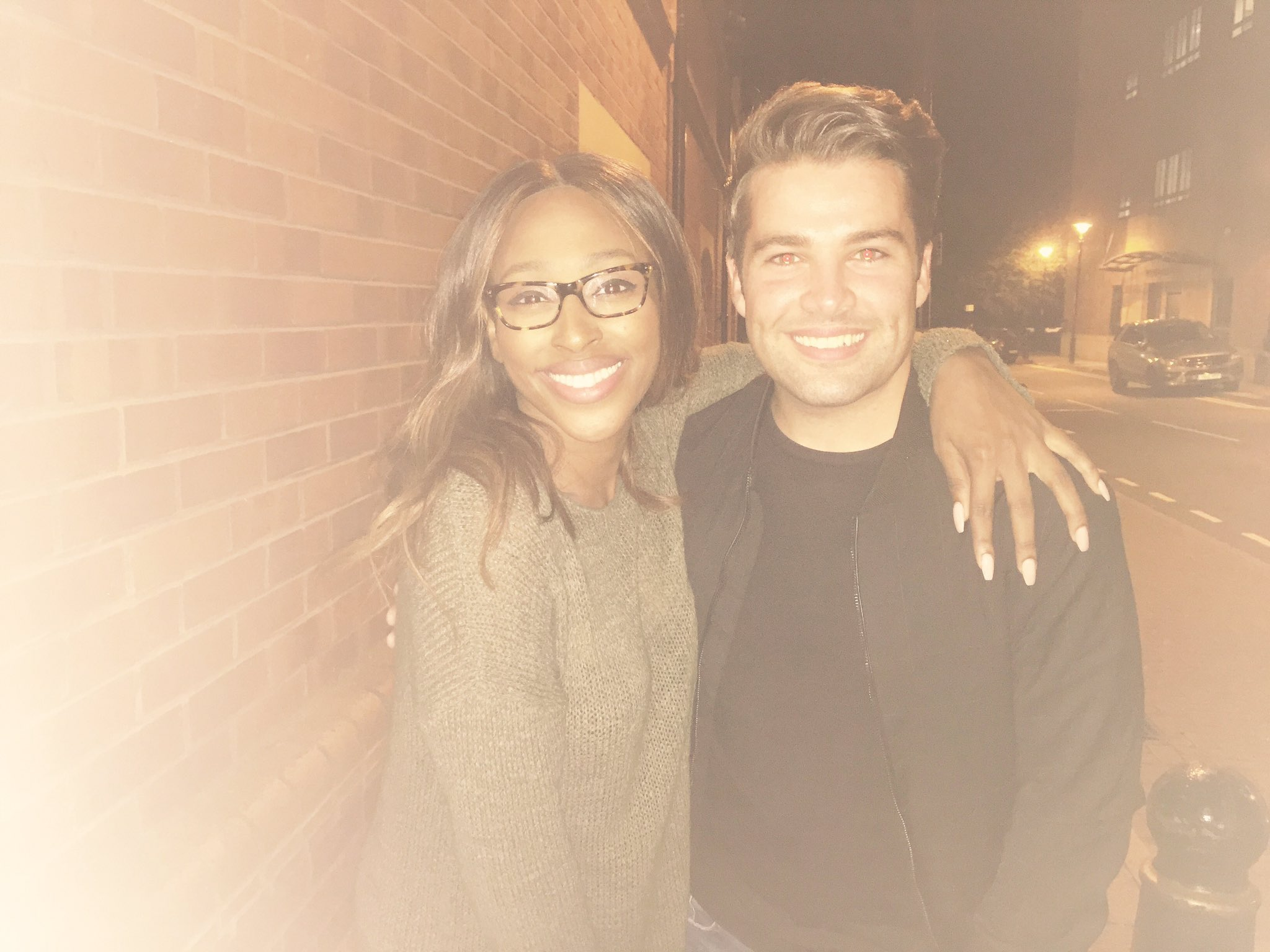 Lovely seeing you last night my lovely! Always got time for this amazing soul right here ! @joemcelderry91 ❤️ https://t.co/lmWT7v3kZ1