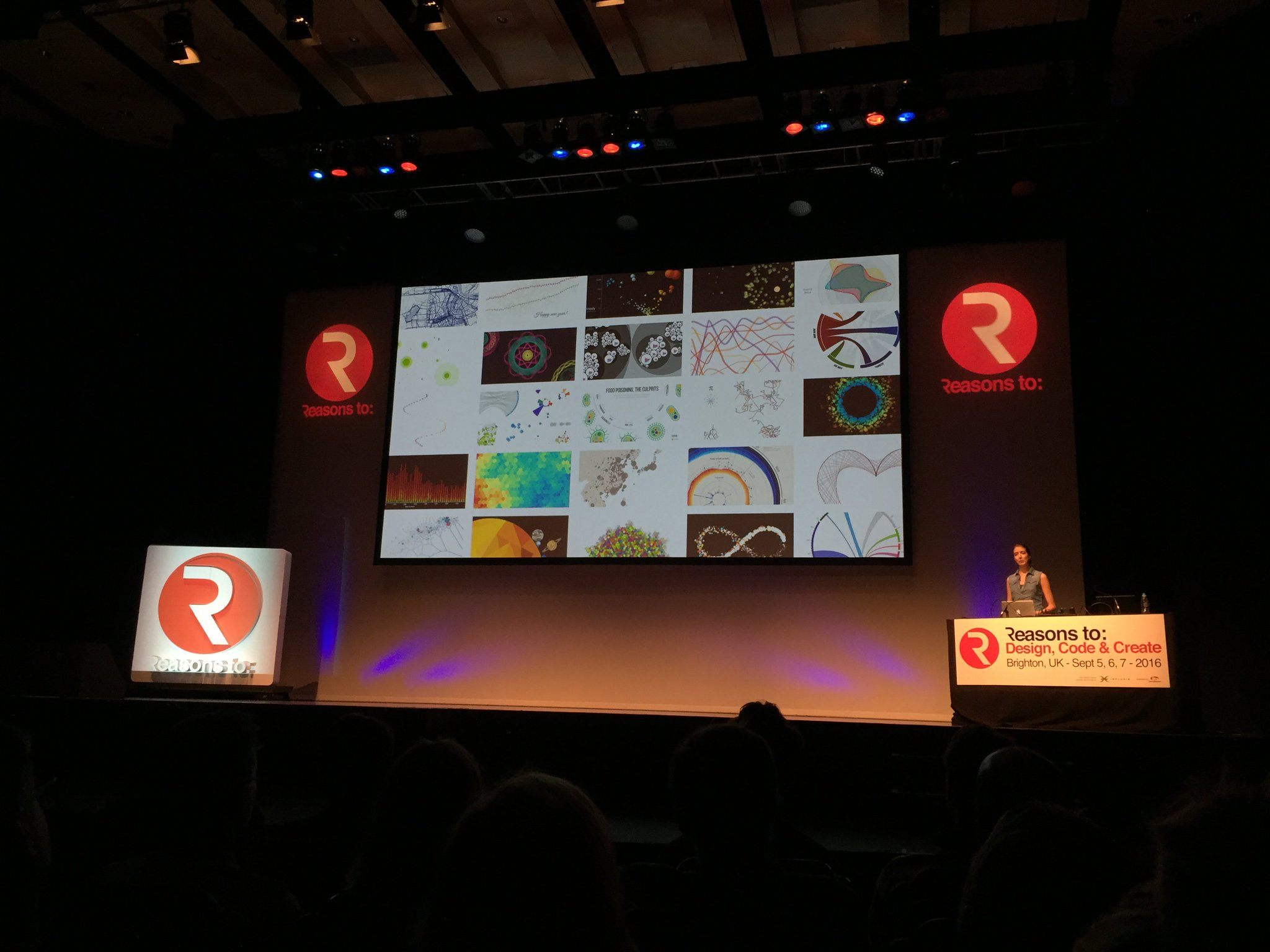 It's Elevator Pitch time @reasonsto and @NadiehBremer just presented 3 beautiful minutes https://t.co/6cg81RGYjr