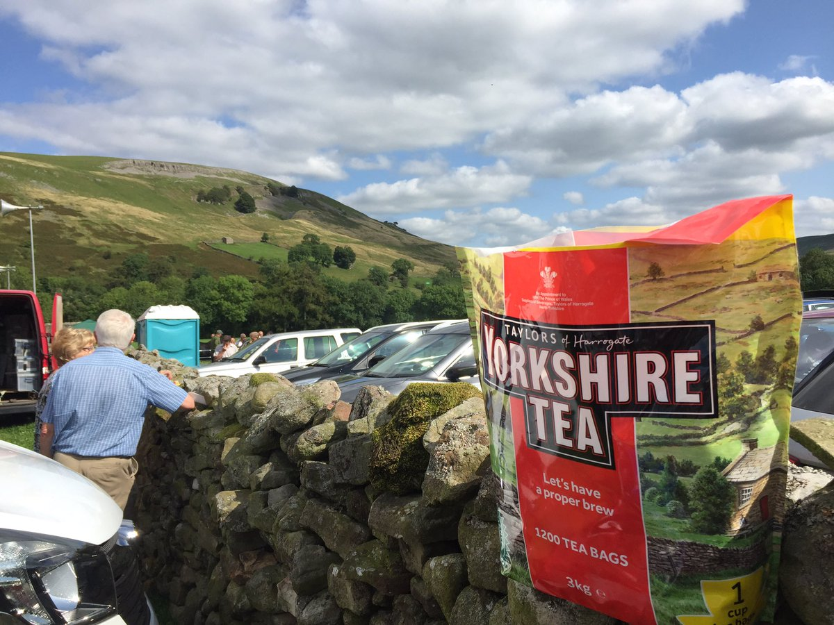 Muker Show - can&#39;t get much more Yorkshire than that @YorkshireTea #mukershow <br>http://pic.twitter.com/mfLEMIxCXr &ndash; at Farmers Arms