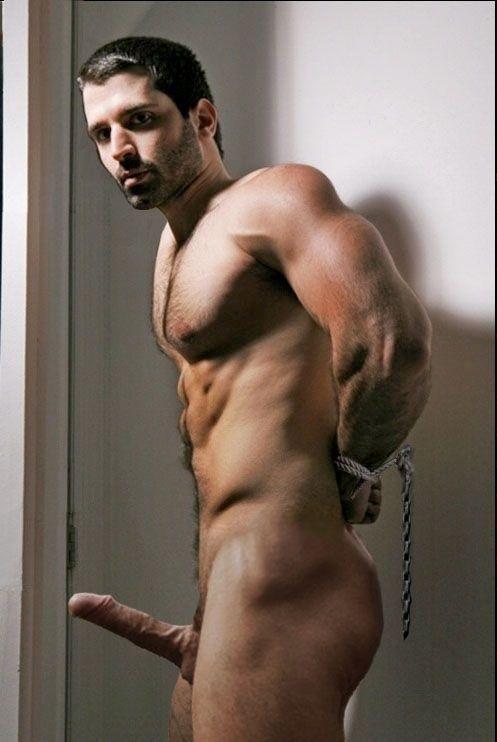 Teenie Junior Naturally Hung Naked Men