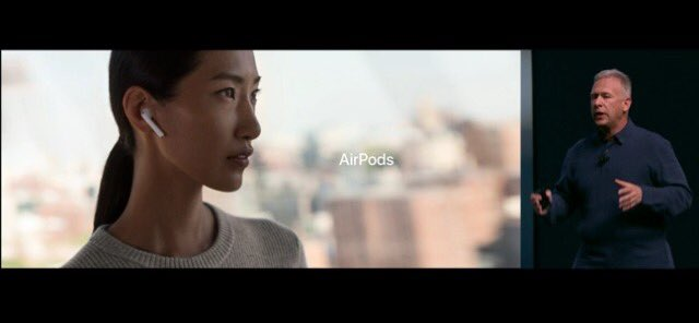 AirPods耳からチンアナゴが出てるようにしか見えない https://t.co/6pw4qlEIKs