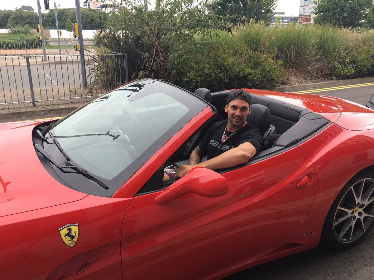 @PBordy arrived in style @cardiffdevils welcome to Cardiff #redarmy @kenpictonsalon #Ferrari #reddevils https://t.co/bViiK3HZwG