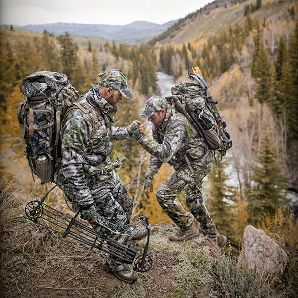 Teamwork in the high grounds of Silverthorne, Colorado. @mossyoak photo by Great Outdoor Studios https://t.co/9g6NKDsV6L