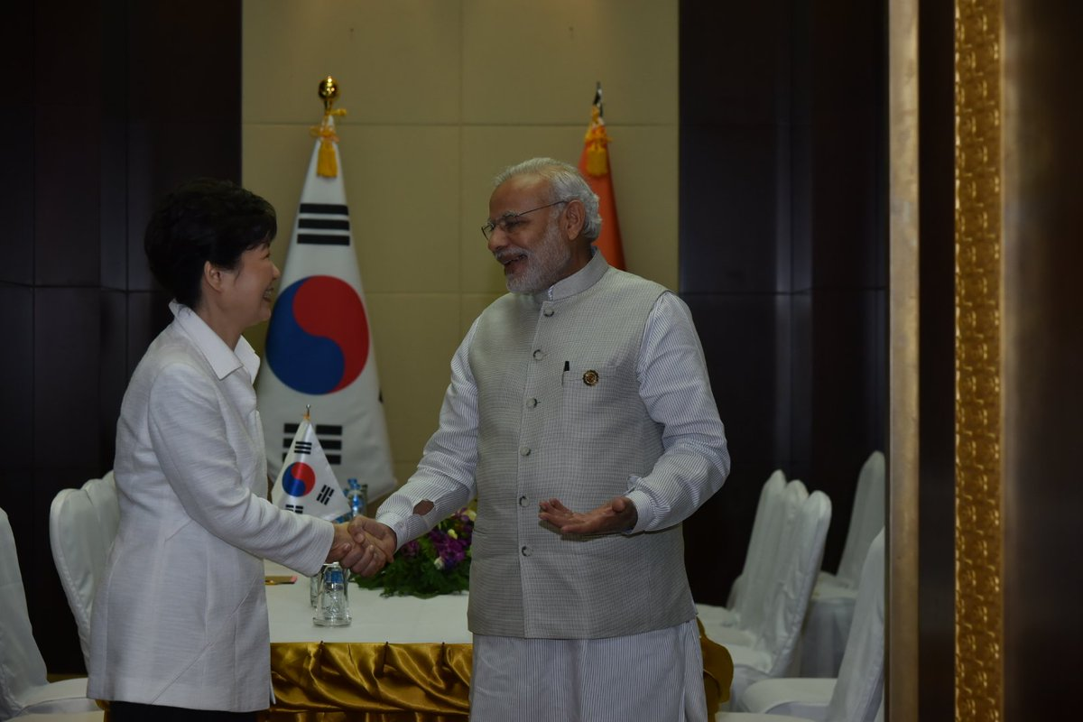 Narendra Modi, Park Geun-Hye review coop in counterterrorsim, maritime security