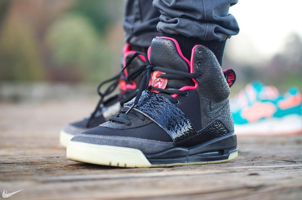 e4d1398ff2925 tbt  we re taking a live look at the nike air yeezy 1