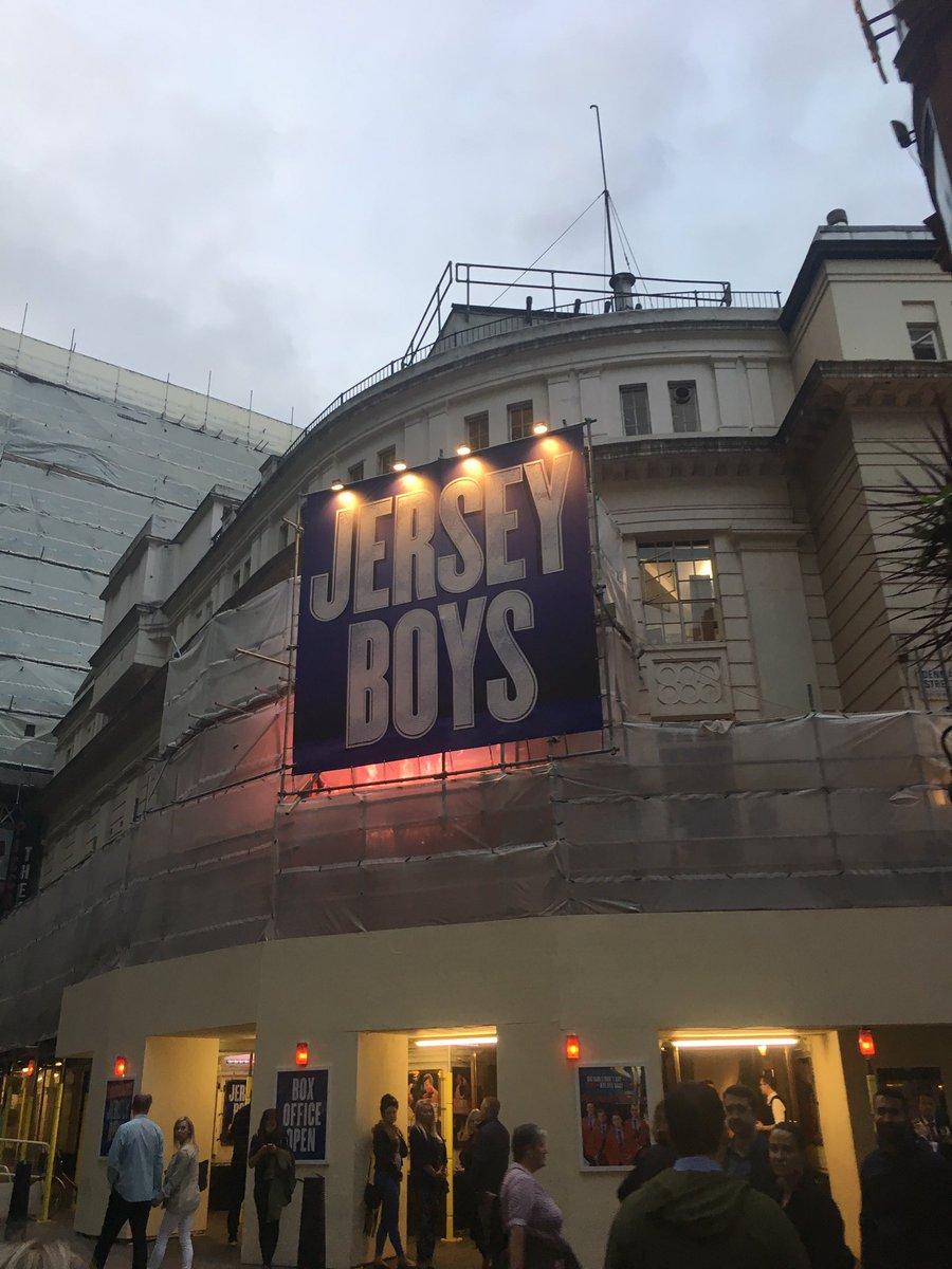 Seeing Jersey Boys tonight!! https://t.co/AkfmQLGRvL