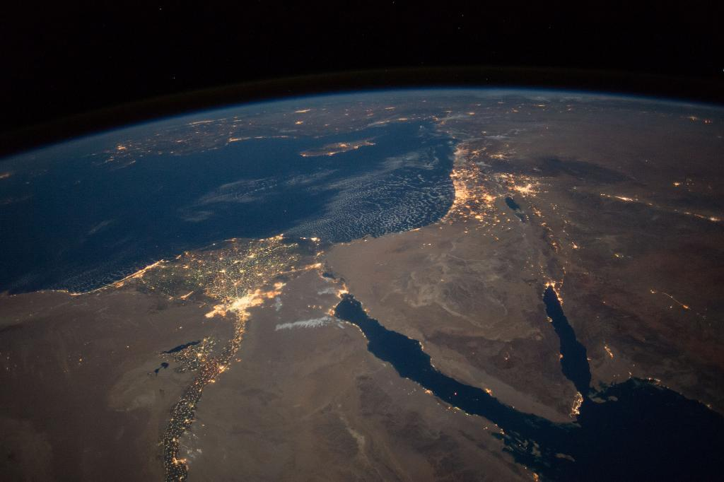intl space station on twitter the moon city lights and