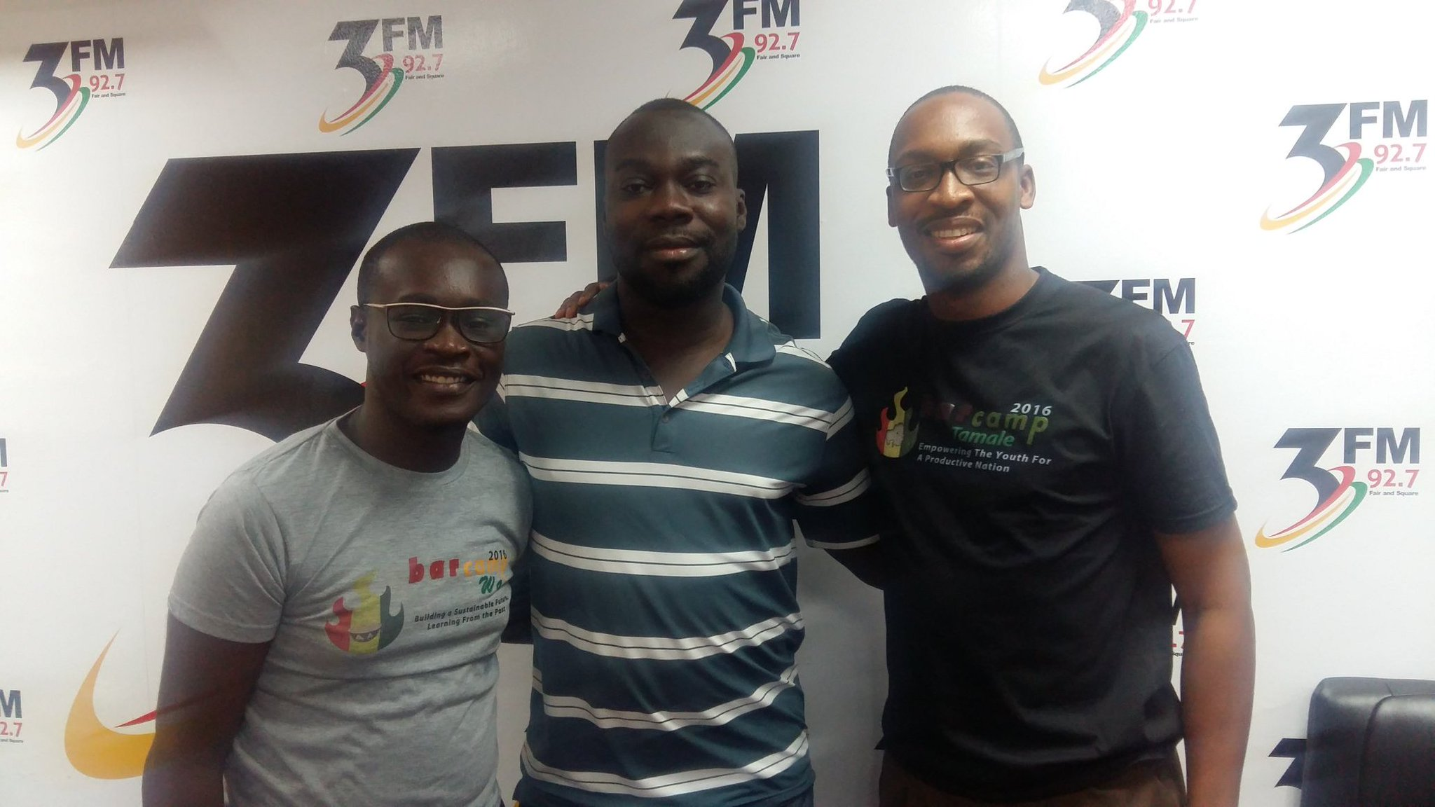 Great interview conducted by @winston_3fm on Sunrise @3fm927 in #Accra talking about National Volunteer Day #NVDay16 https://t.co/agHlPzGkvx