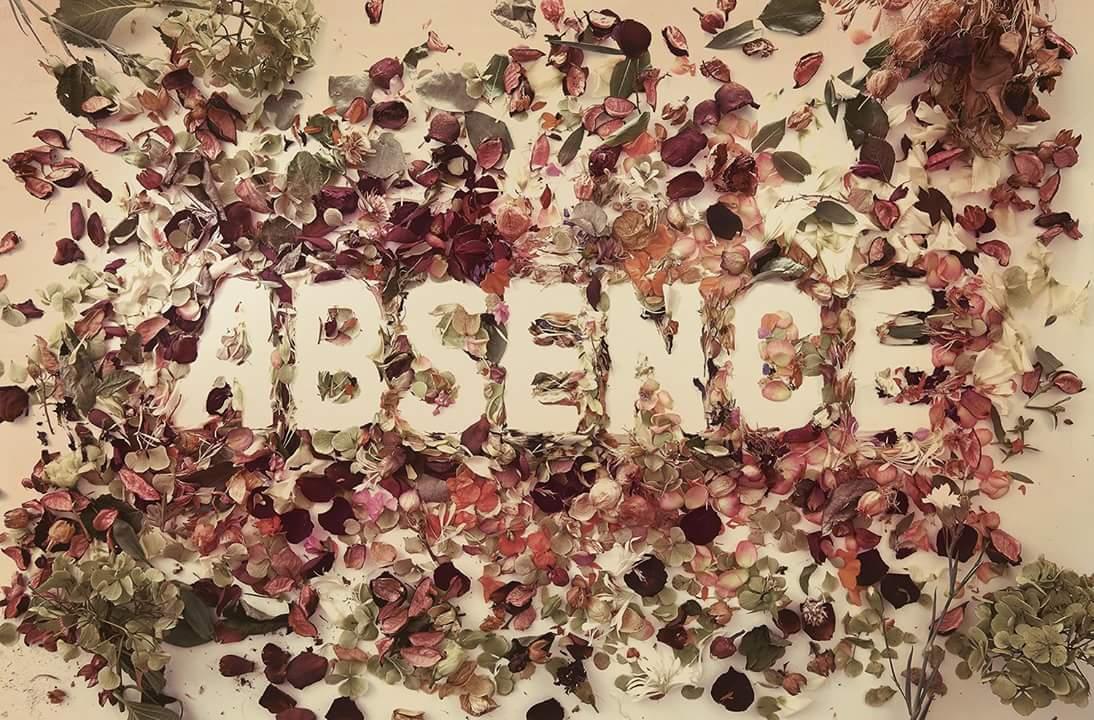 Predawn待望の2ndアルバム「Absence」、本日発売になりました!皆様是非!数曲ベースを弾いております。 こんなに全面的に好きなアルバムに参加できて嬉しい! https://t.co/0vkK0odJmn