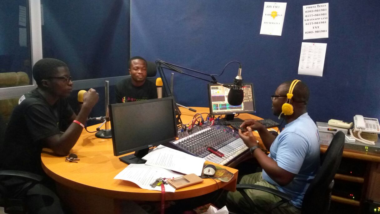 Our Lead @CCTetteh & @bk_aklama were at VP981fm to discuss #Volunteeringh with @MYevu this morning.#NVDay16 #HoCity https://t.co/CBGdpEaqYu