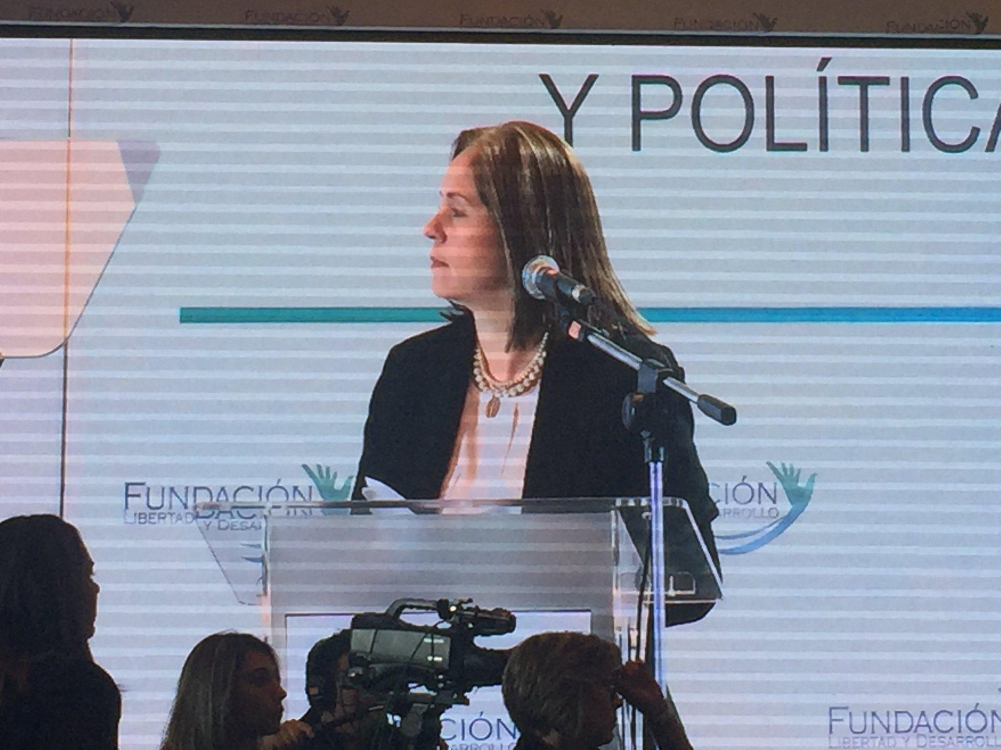 Fátima en #EncuentroFLD https://t.co/QS7nF0bv9G