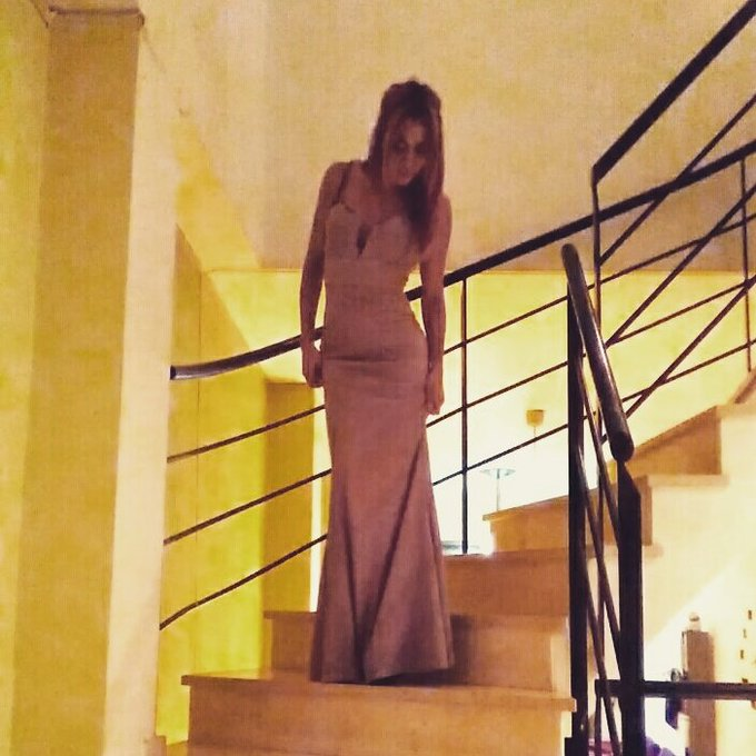 1 pic. Ya tengo vestido para la gala del Venus Berlín @salmadnora  Os gusta? https://t.co/ksh9ZrS9B1