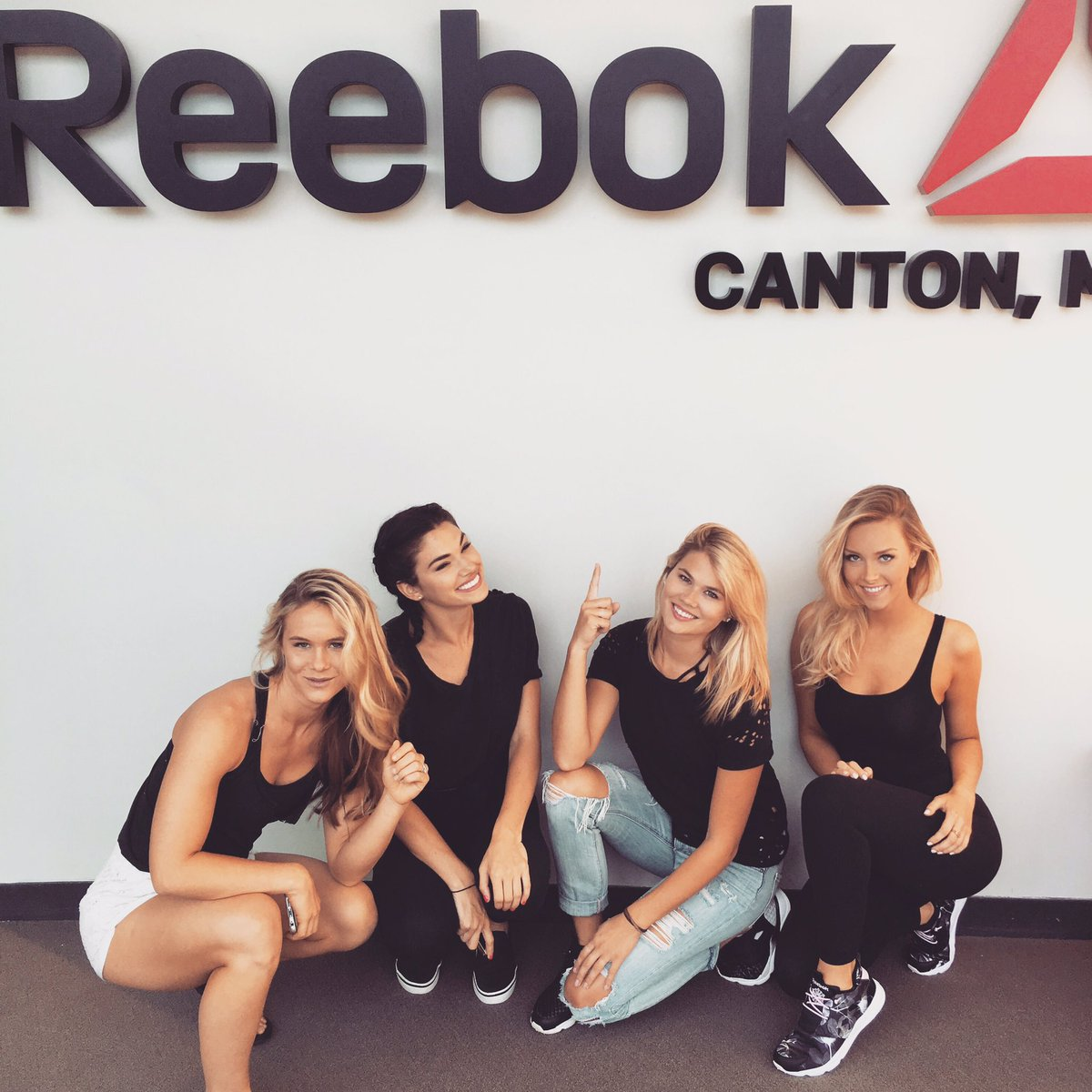 "Camille Kostek Facts: Camille Kostek On Twitter: ""👟👟 @Reebok @MaggieAgency…"