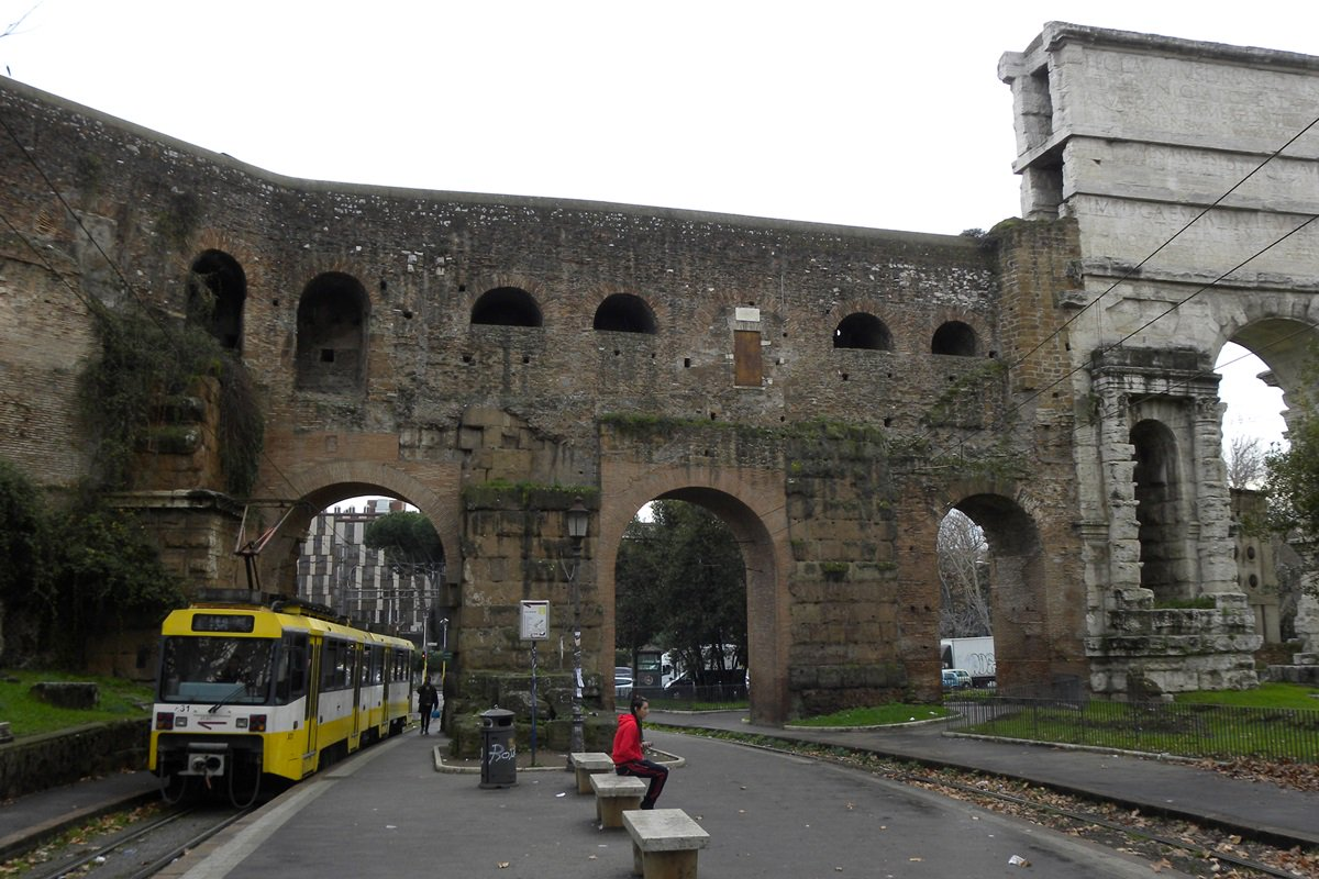 """秩父路号🇬🇧 on Twitter: """"ローマに訪れた際はのナローゲージ鉄道 ..."""